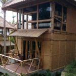 rumah bambu 2 lantai